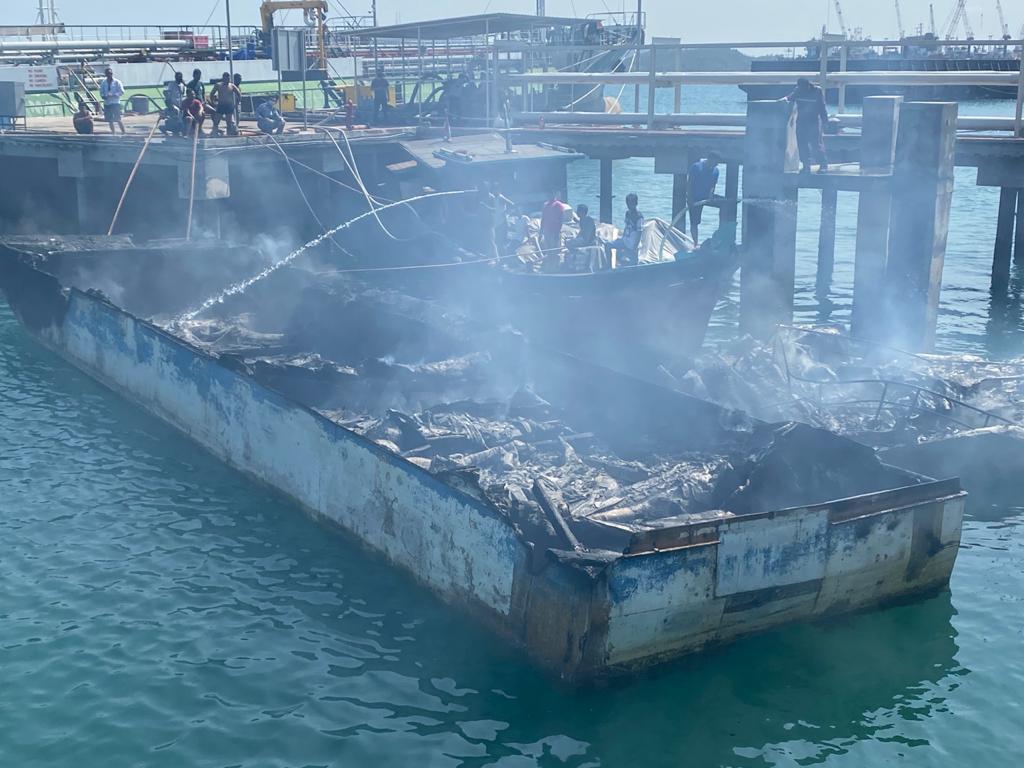 Foto Bea Cukai Tangkap kapal, Headline, Kapal kandas, Kapal tangkapan BC, penyelundupan barang ilegal
