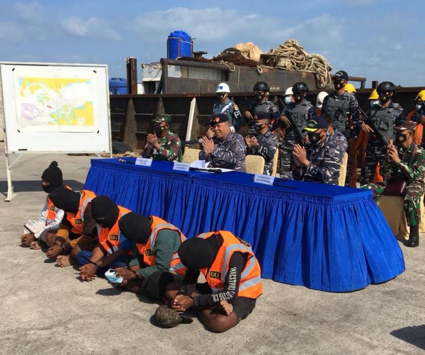 Foto Guskamla Kepri, guskamla koarmada I, Perompak di Selat Malaka, TNI AL tangkap perompak