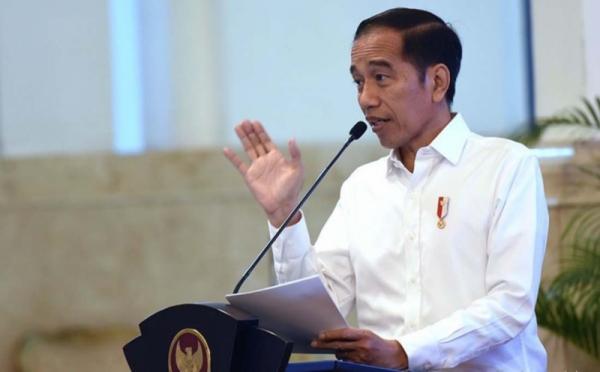 Foto benda gratifikasi jokowi, Headline, Presiden Jokowi, Presiden Jokowi ke Natuna