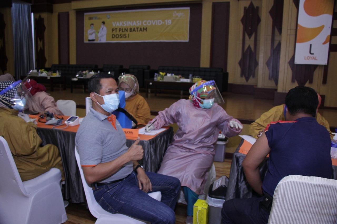 Foto Karyawan bright pln batam divaksin, vaksinasi, Vaksinasi pln batam, vaksinasi tahap dua