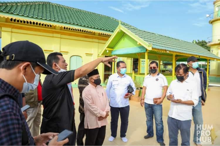 Foto gubernur ansar ahmad, gubernur kepri ansar ahmad, pulau penyengat