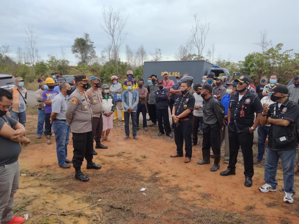Foto Bintan, Headline, kampung lome, Kampung lome bintan, kampung lome mencekam, Perusahaan di bintan, warga lome bintan