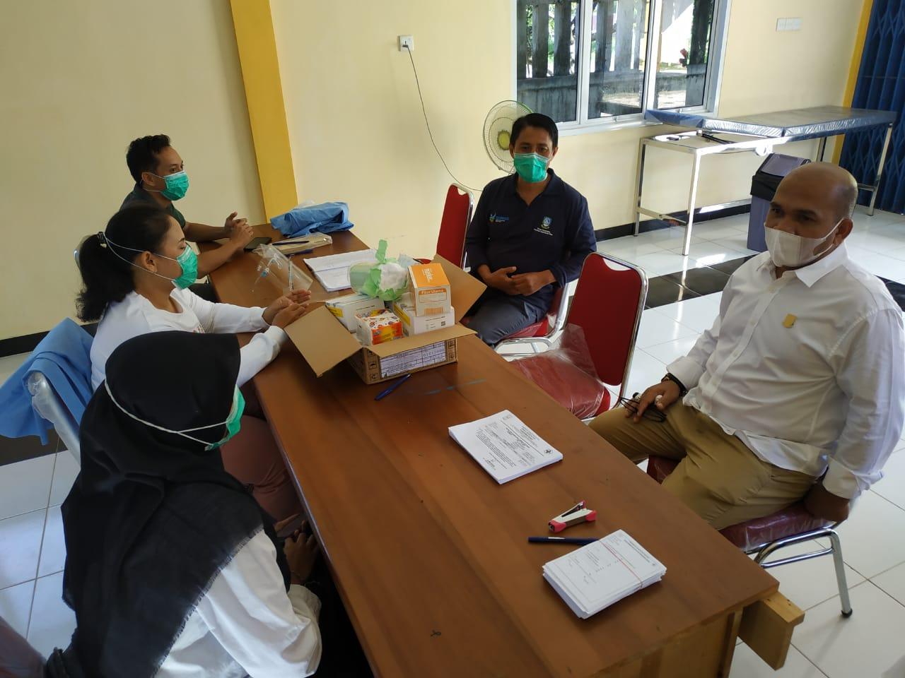 Foto DPRD natuna, Ketua komisi I dprd natuna, natuna, Rapid tes, rapid tes gratis, wan arismunandar