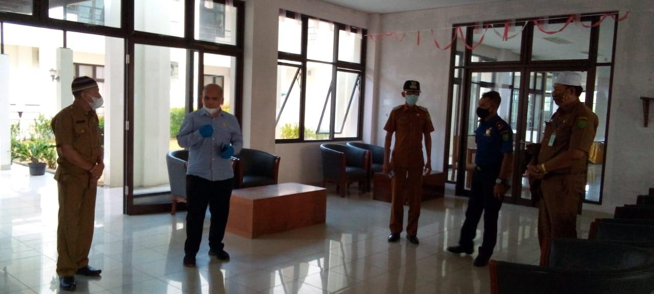 Foto asrama haji natuna, karantina pasien covid, Ketua komisi I dprd natuna, Komisi I DPRD Natuna, natuna, wan arismunandar