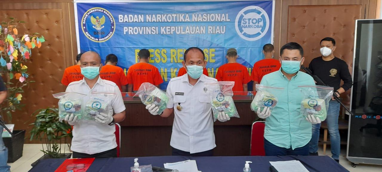Foto BNNP Kepri, bnnp ungkap narkoba, Headline, kepri, Kepulauan Riau, Narkoba, Penyelundupan narkoba, Sindikat narkoba