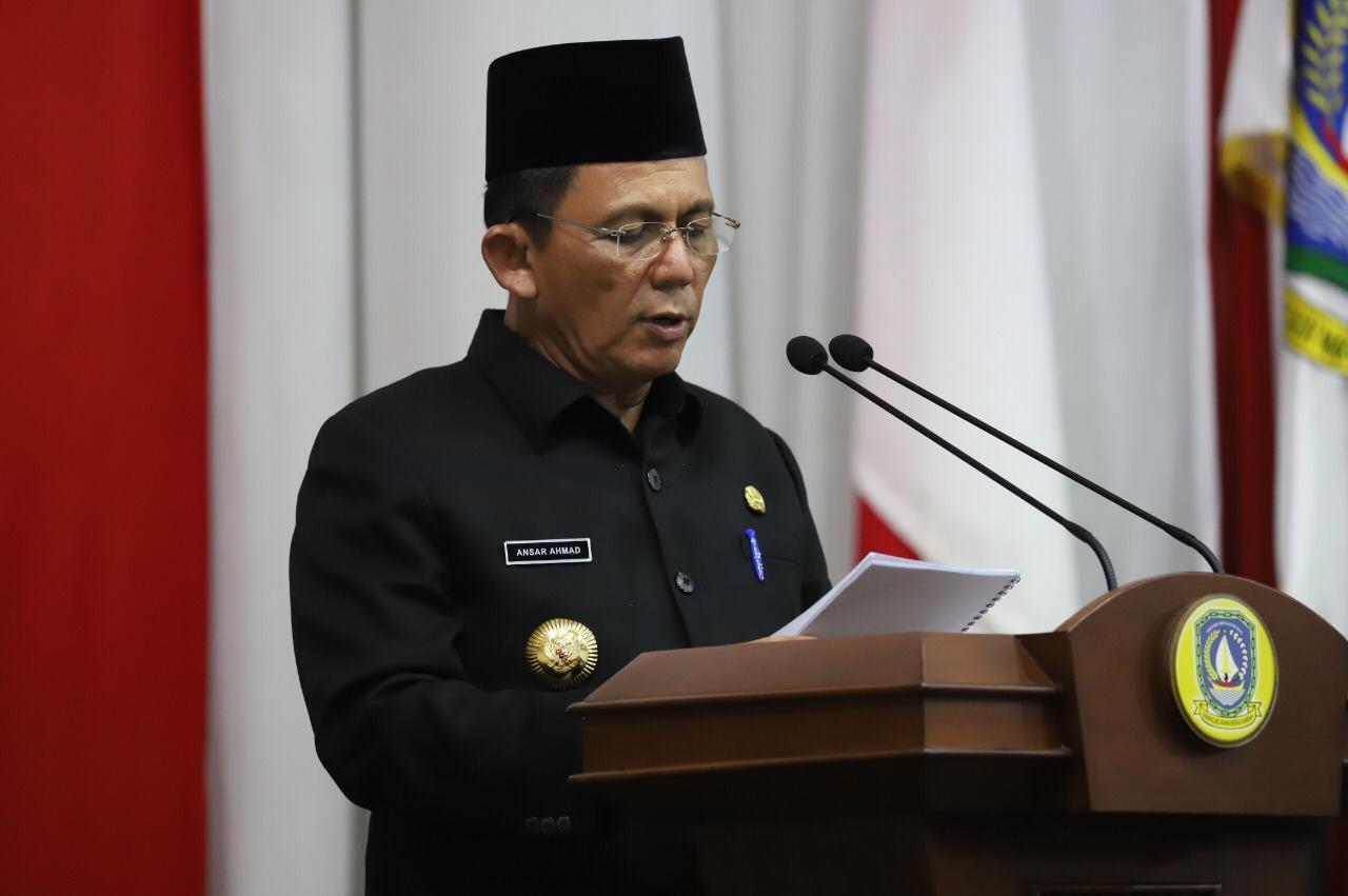 Foto DPRD Kepri, gubernur ansar ahmad, gubernur kepri ansar ahmad, Paripurna DPRD Kepri, Rapat paripurna dprd