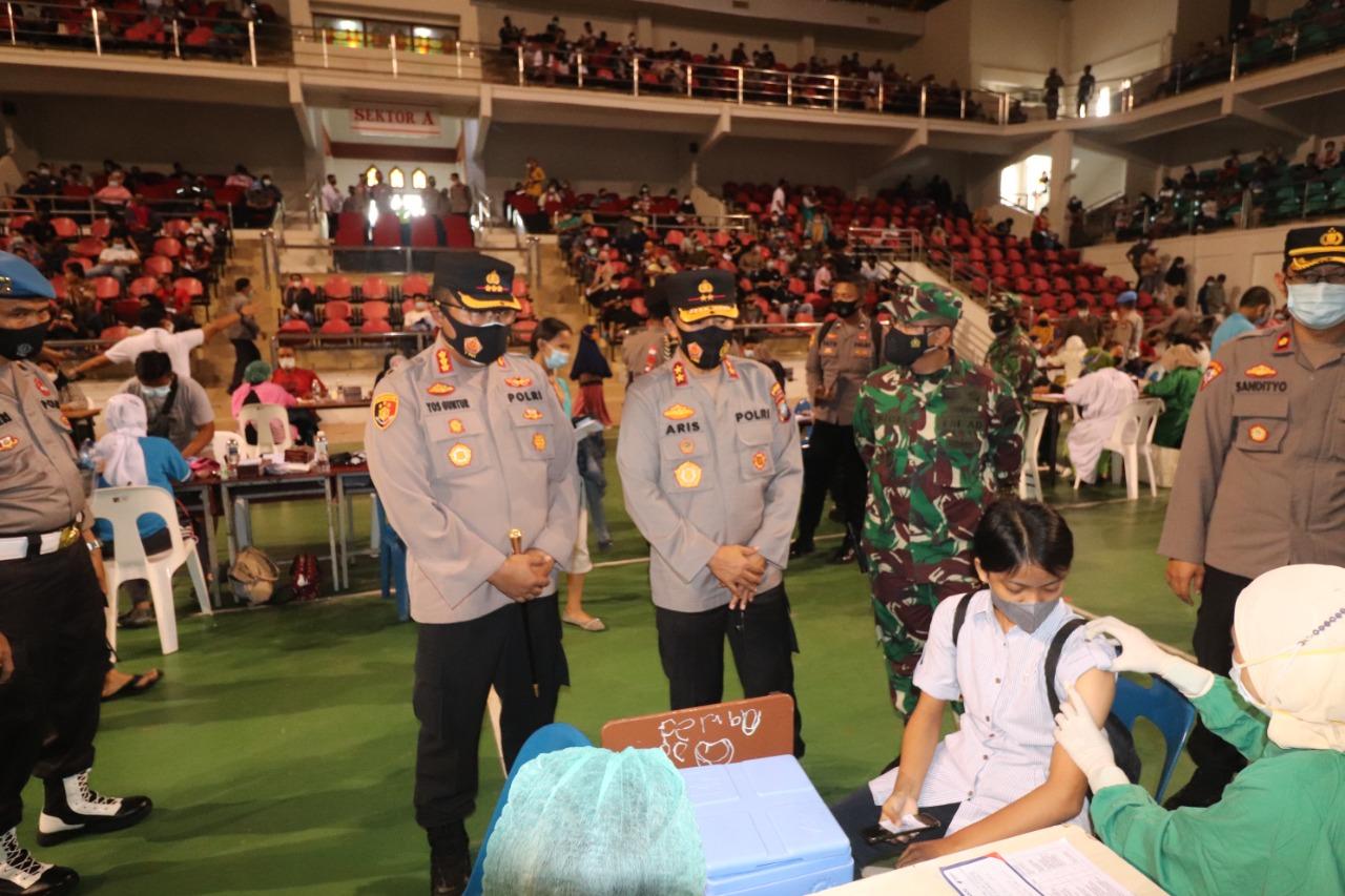 Foto Batam, batam hari ini, gor temenggung, Headline, Kota Batam, target 4.000 warga divaksin, vaksin di temenggung abdul jamal, vaksinasi, vaksinasi di gor